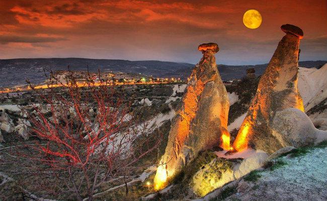 üç Güzeller Peri Bacaları ürgüp Kapadokya