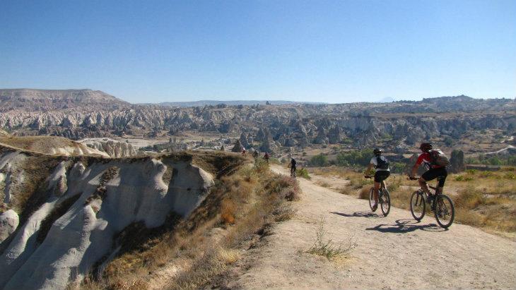 Kapadokya yapılabilecek aktivite - bisiklet turu