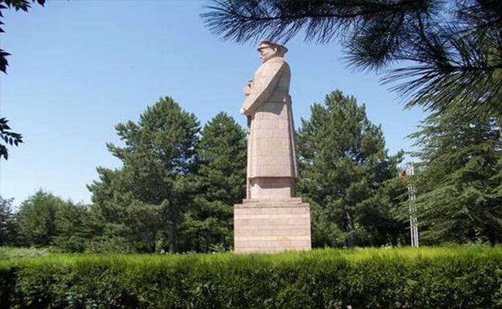 üzümlü-kilisesi-hakkı-atamulu-kültür-parkı