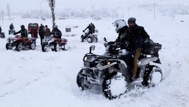 Kapadokya karda ATV turu