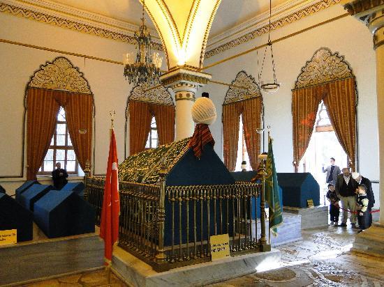 Kapadokya gezilecek yerler - Osman Gazi ve Orhan Gazi Türbeleri