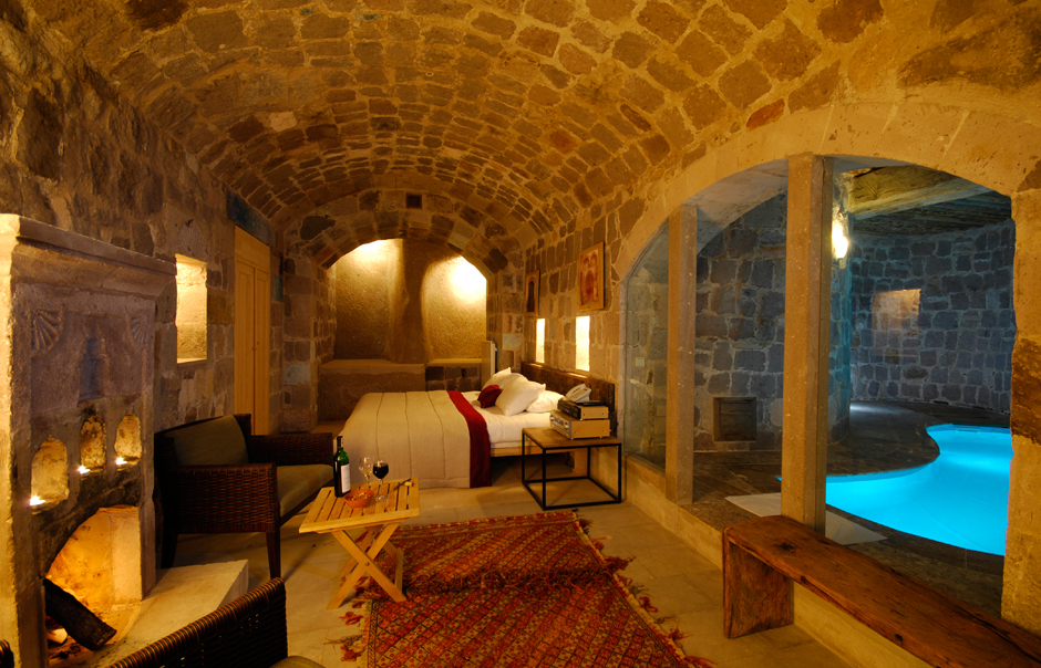 argos-in-cappadocia-suit-room