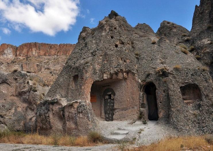 Cappadocia blue tour Soğanlı Valley
