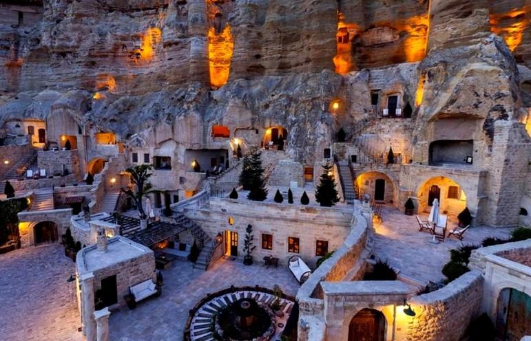 Kapadokya Mağara Otelleri